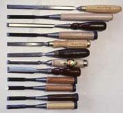 Dụng cụ và vật liệu dùng trong điêu khắc